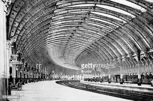 Antique photography-derived dot print illustration: York train station : Stock Illustration