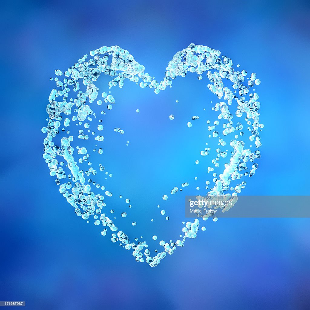 Heart shape made of water drops : Stock Illustration