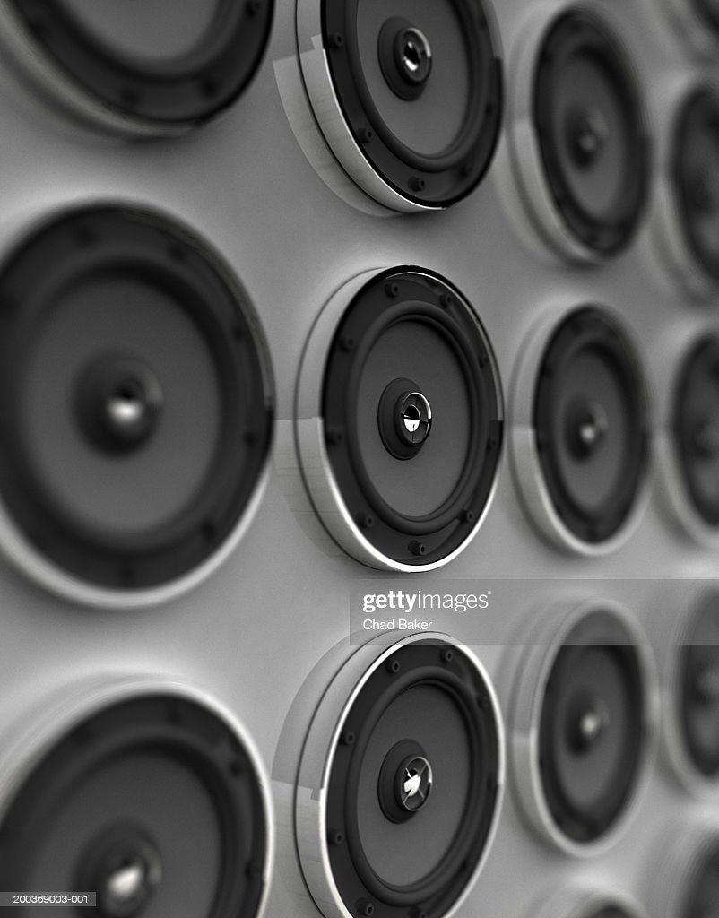 Rows of speakers (Digital) : Stock Illustration