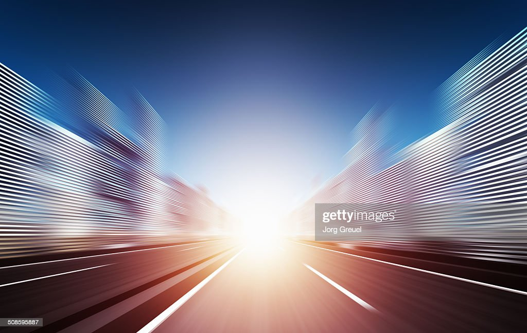 Speeding towards the sunset : Stock-Illustration
