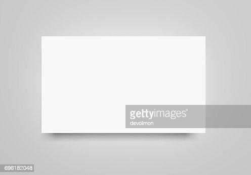 Blanc plat 3d rendu maquette de feuille de papier bannière blanc sur fond gris clair. Ecorcheur, modèle d'affiche pour votre conception. : Illustration