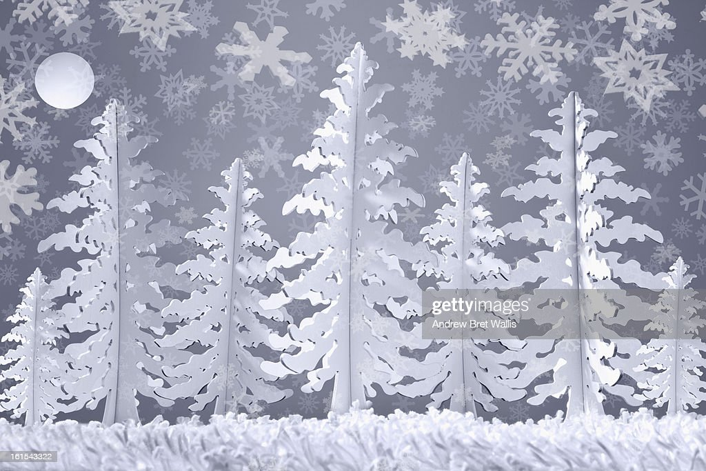 Winter snow scene made from card and paper : Stock Illustration