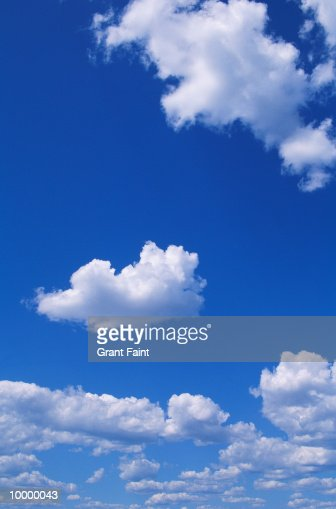 CLOUDS : Photo