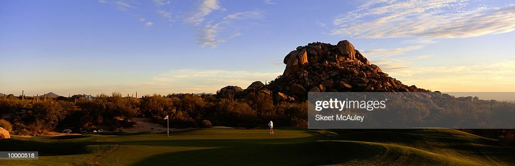 2ND GREEN IN CAREFREE, ARIZONA : Foto de stock