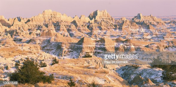 MOUNTAINS & SNOW IN BADLANDS NATIONAL PARK IN SOUTH DAKOTA : Stock Photo