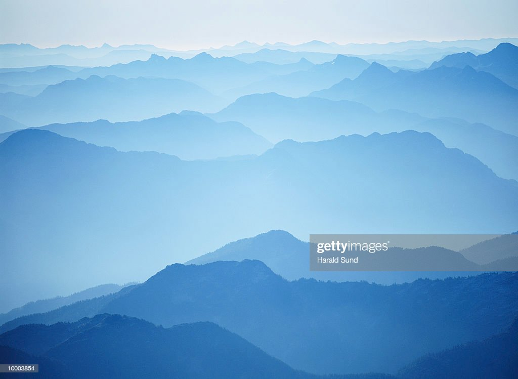 CASCADE MOUNTAINS IN WASHINGTON : Stock Photo