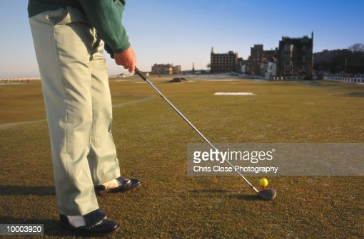 GOLFER AT SAINT ANDREWS IN SCOTLAND IN DETAIL : Photo