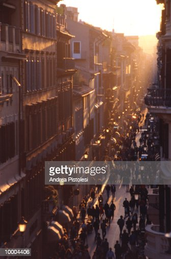 VIA CONDOTTI IN ROME : Stock Photo
