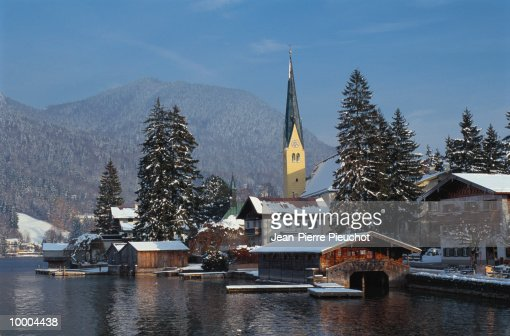 BUILDINGS BY DOCK IN BAVARIA, GERMANY : Stock Photo