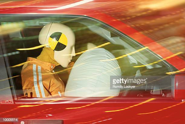 AIR SAFETY BAG DEMO IN CAR WITH DUMMIES