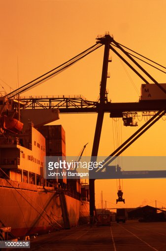 LOADING DOCKS AT SUNSET IN AUSTRALIA : Stock Photo
