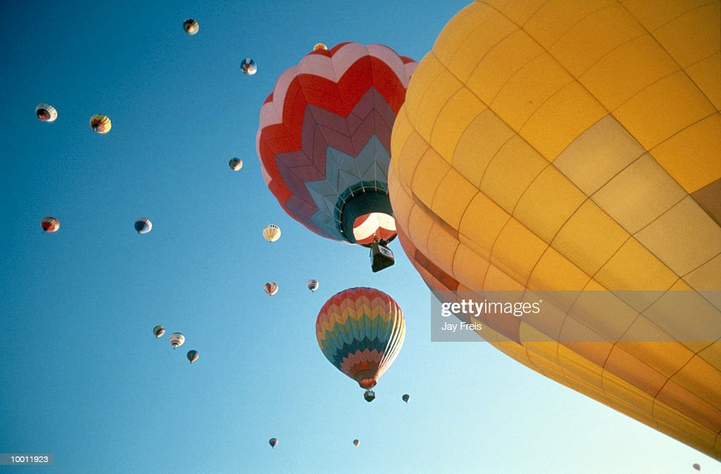 HOT AIR BALLOONS IN FLIGHT : Stock Photo