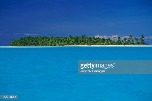 LAGOON AT AITUTAKI IN THE COOK ISLES IN POLYNESIA : Stockfoto