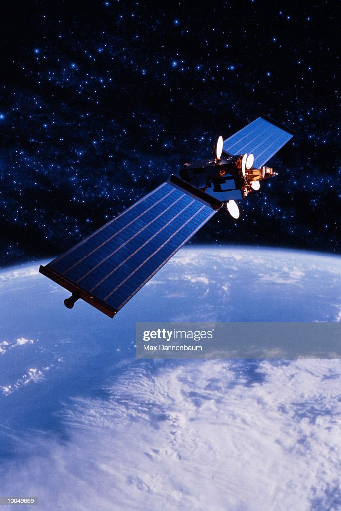 COMMUNICATIONS SATELLITE WITH EARTH