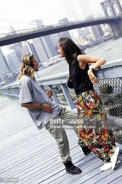 GENERATION X COUPLE AT BROOKLYN BRIDGE