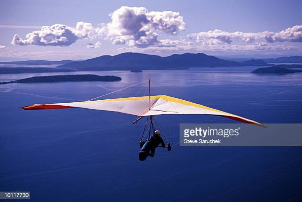 HANG GLIDING ABOVE SAMISH BAY IN WASHINGTON