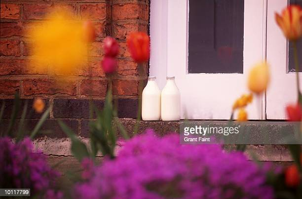 MORNING MILK DELIVERY IN YORK, ENGLAND