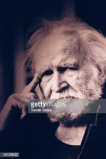 IMPRESSIONISTIC OLD MAN PORTRAIT