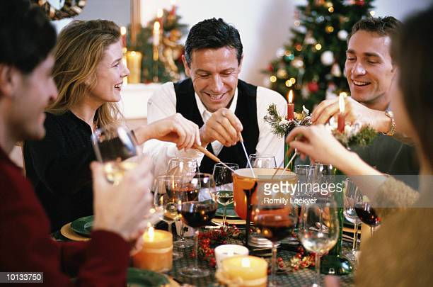 FRIENDS, DINNER, CHRISTMAS, HOME, FONDUE