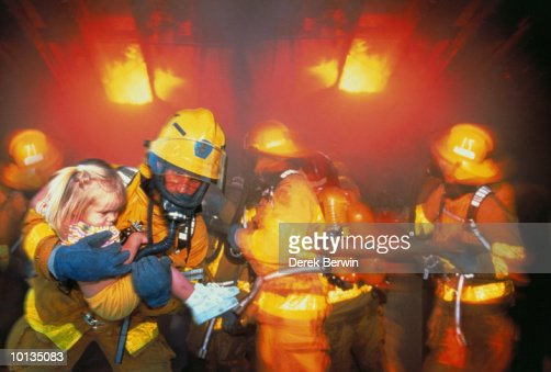 FIREMAN RESCUED CHILD IN CALIFORNIA, USA
