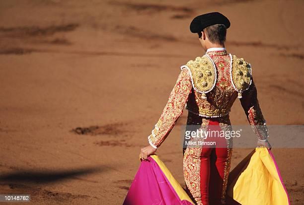 MATADOR IN BULLFIGHT SPAIN