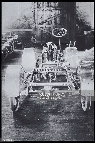 SKELETON OF CAR, CHASSIS, ENGINE, 1900