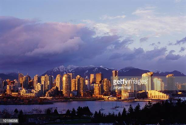 VANCOUVER, BRITISH COLUMBIA, CANADA, SKYLINE AND RAINBOW
