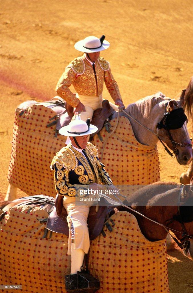 SPAIN, SEVILLE BULLFIGHT, PLAZA MAESTANZA : Stock Photo