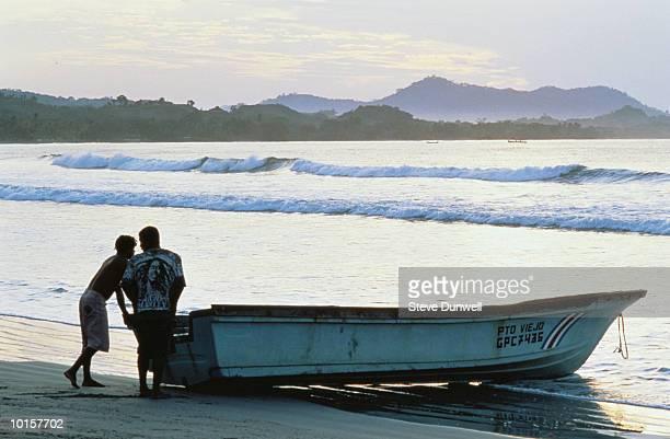 PLAYA SAMARA, GUANACASTE, COSTA RICA