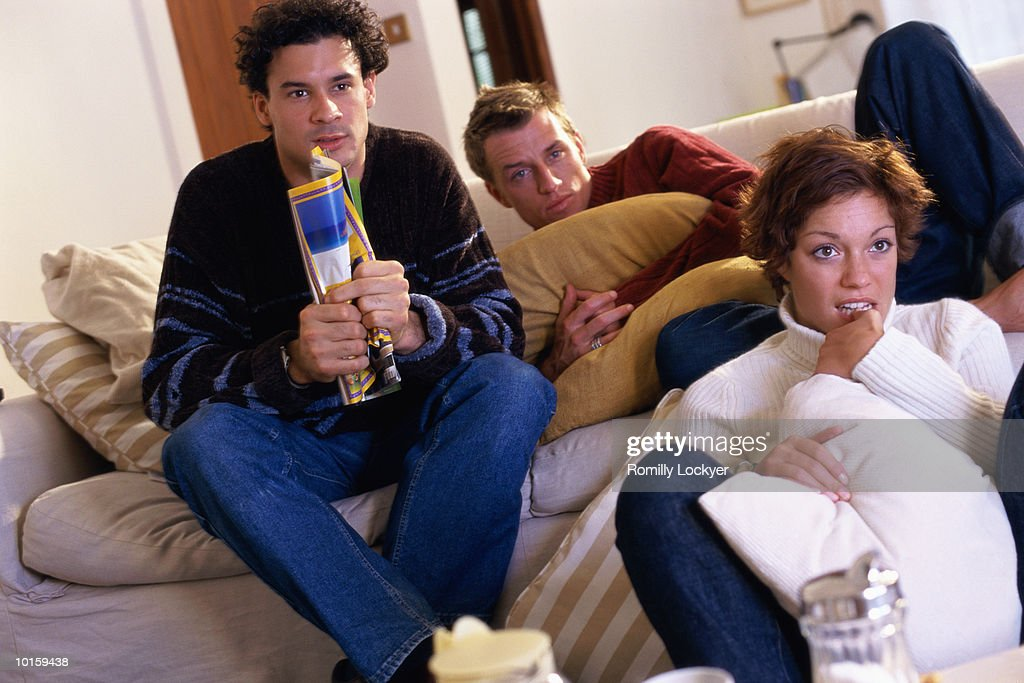 FRIENDS WATCHING TV, VIDEO TOGETHER