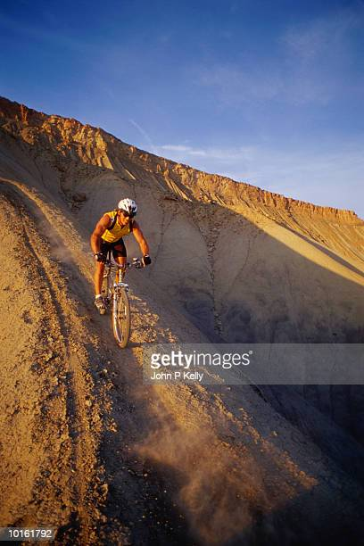 MAN MOUNTAIN BIKING, BROOKCLIFFS, COLORADO