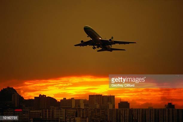 AIRCRAFT DEPARTING HONG KONG