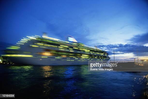 CRUISE SHIP, DUSK, CURACAO, CARIBBEAN