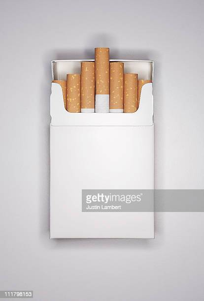BLANK CIGARETTE PACKET ON WHITE