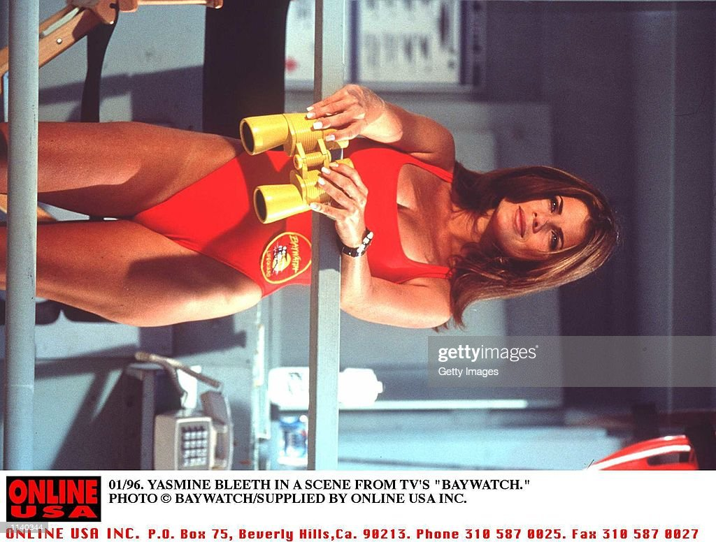 1996 YASMINE BLEETH STAR IN BAYWATCH