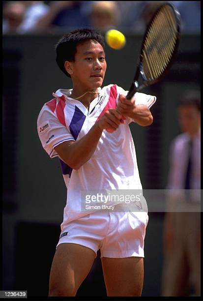MICHAEL CHANG OF THE UNITED STATES IN ACTION IN THE 1989 FRENCH OPEN GRAND SLAM