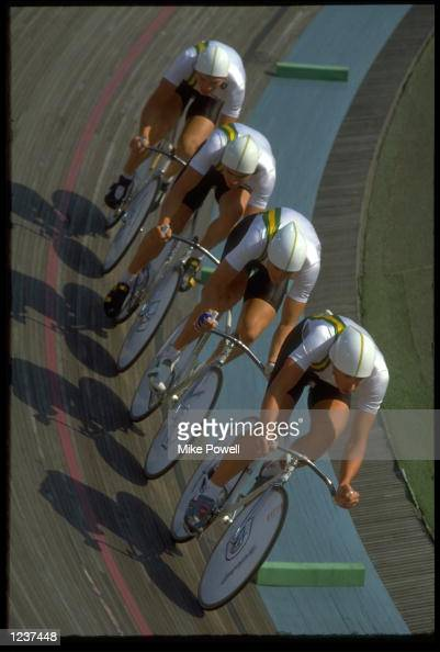 THE MENS 4000 METRES PURSUIT TEAM FROM AUSTRALIA RACE AROUND THE BEND DURING THE THIRD PLACE RACE AT THE 1988 SEOUL OLYMPICS AUSTRALIA WON THE BRONZE...