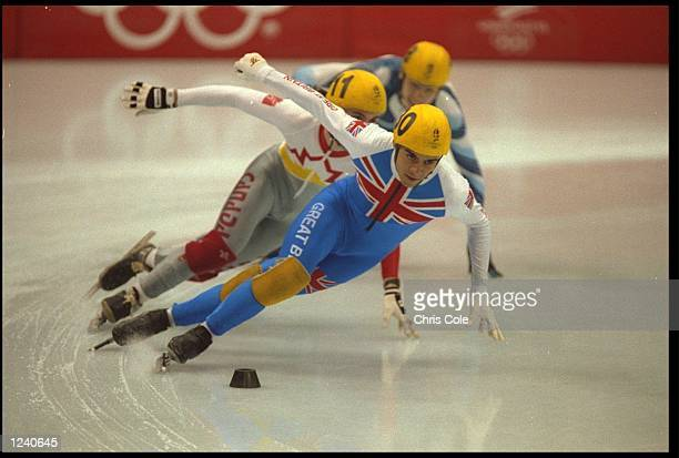 WILF O''REILLY OF GREAT BRITAIN LEADS THE PACK DURING THE FINAL OF THE MENS 1000 METRE SHORT TRACK SPEED SKATING COMPETITION AT THE 1992 WINTER...