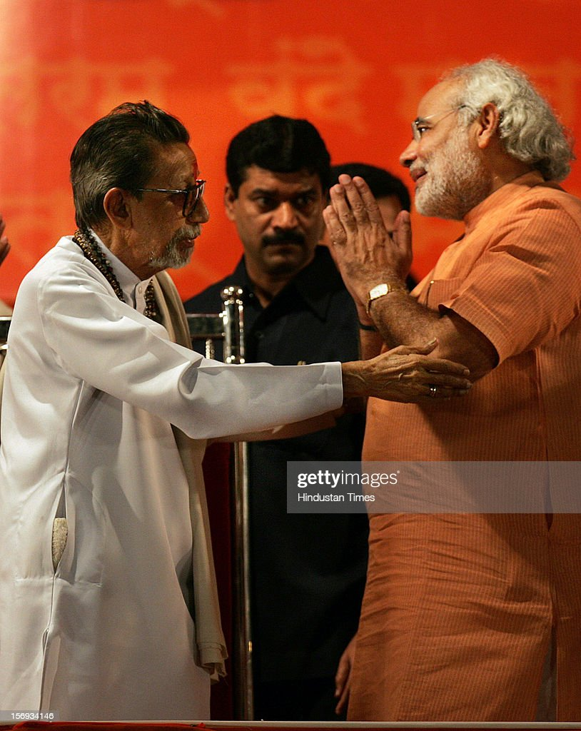 SHIV SENA SUPREMO BALASAHEB THACKERAY AND NARENDRA MODI DURING THE SHIV SENA-BJP RALLY AT SHIVAJI PARK ON JANUARY 28, 2007 IN MUMBAI, INDIA.