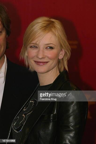 Cate Blanchett Bei Pk Zu 'The Shipping News' Am 110202