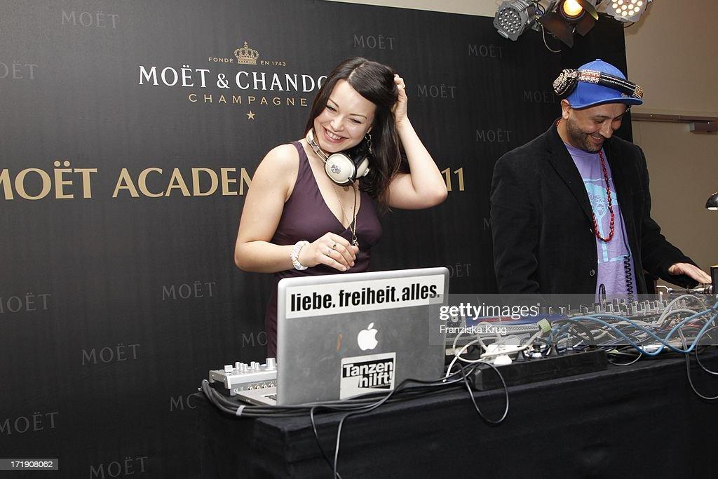 Cosma Shiva Hagen Bei Der Moet Academy Night Im Humboldt Carre In Berlin Am 270211