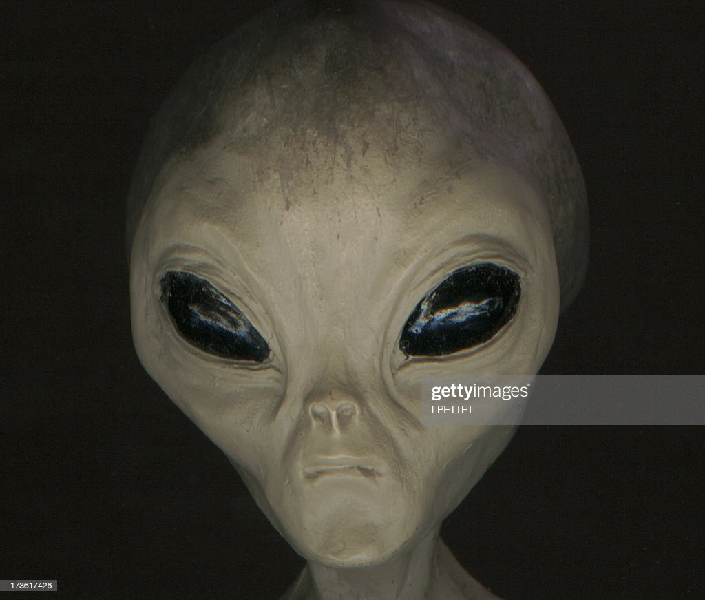 ALIEN FRONT - HEAD AND BODY