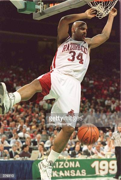ARKANSAS FORWARD CORLISS WILLIAMSON SLAM DUNKS THE BALL TO PUT A FINISHING TOUCH ON HIS GAMEHIGH 29 POINTS TONIGHT AGAINST ARIZONA DURING THE FIRST...