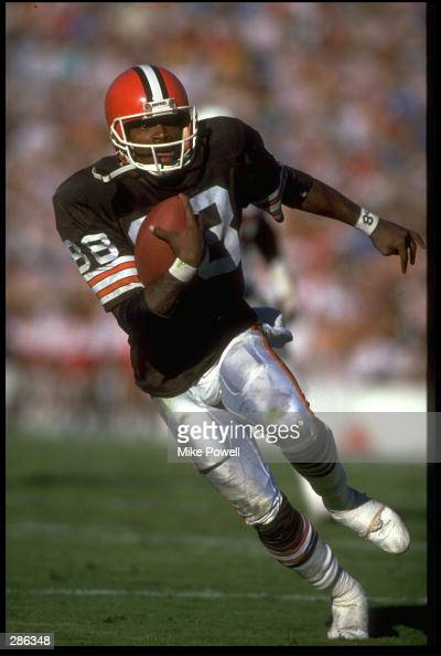 CLEVELAND BROWNS WIDE RECEIVER REGGIE LANGHORNE RUNS WITH THE FOOTBALL DURING THE BROWNS 2921 WIN OVER THE PHOENIX CARDINALS AT SUN DEVIL STADIUM IN...