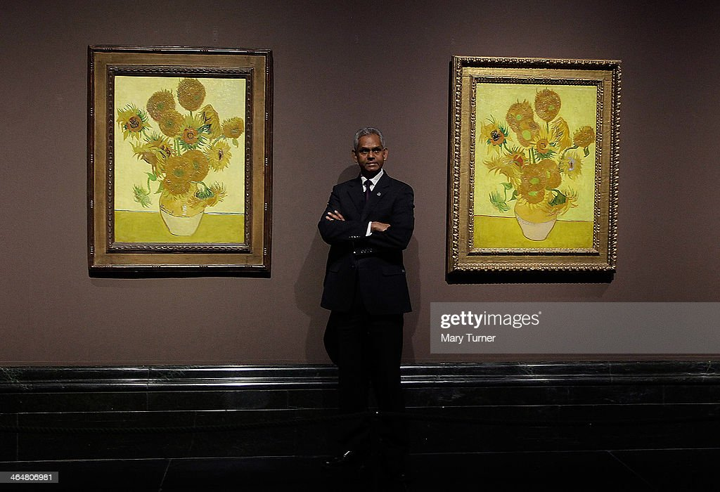 Exhibition Stand Assistant : Two versions of vincent van gogh s sunflower paintings