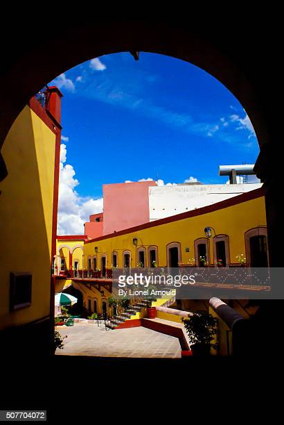 YELLOW BUILDING IN ZACATECAS