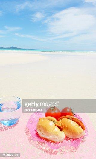 綺麗な海と果物 : Stock Photo