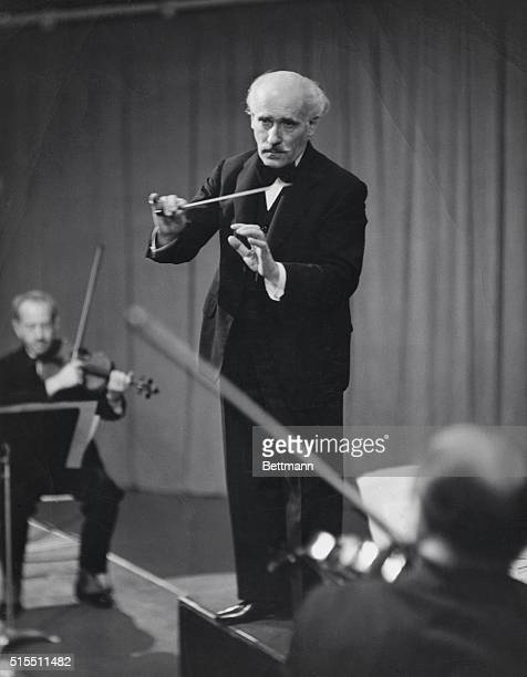 ARTURO TOSCANINI ITALIAN CONDUCTOR AT WORK NBC PHOTOGRAPHUNDATED