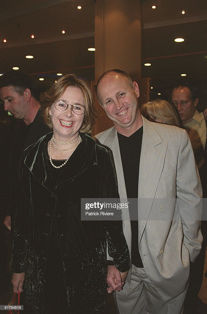 MAY 2001 - PENNY COOK + HUSBAND - SINGIN' IN THE RAIN PREMIERE - STAR ...