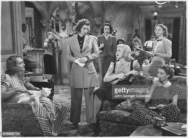 FILM 'STAGE DOOR' STARRING GAIL PATRICK LUCILLE BALL ANN MILLER GINGER ROGERS AND OTHERS